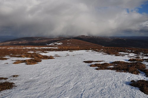 Snow showers east from Brown Cow Hill