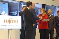 013_CeBIT_Blog_Fujitsu-20110301-100739 (Fujitsu_DE) Tags: hannover messe merkel cebit halle2 bundeskanzlerin cebit2011 cebit11 cebitfujitsu