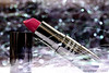 ♥ pink lips (Rehab Saleh || رحاب) Tags: pink white black canon lips pinklips وردي كانون canond400 فوشي بوكيه rehsbsرحاب ورديشفاه
