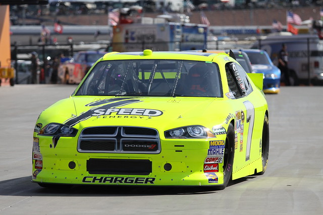 car yellow race speed energy track lasvegas garage 7 gordon nascar dodge charger robby 2011 lvms sprintcup