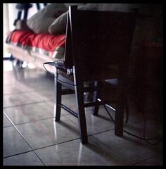 Laptop on the child chair (khai_nomore) Tags: 120 film mediumformat negative scanned rm wideopen yashicamat124g 2400dpi canonscan8400f yashinon80mmf35 autaut boxspeed fujifilm800npzexpired