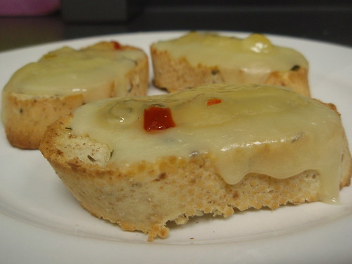 pepper jelly crostini