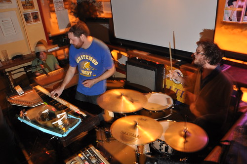 The Liptonians at The Avant-Garde Bar