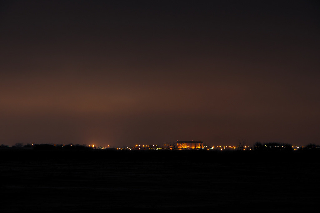 Saskatoon Inn by night