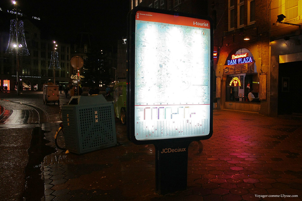 Plan de la ville d'Amsterdam, un affichage JC Decaux