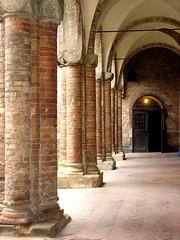 Bologna. Complesso di Santo Stefano. (Melisenda2010) Tags: italy italia middleages architettura medioevo chieseitaliane porticieporticati