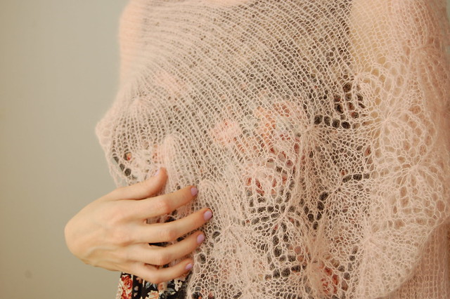 parasol stole - laceweight