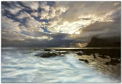 adrift (chris frick) Tags: seascape rock backlight sunrise wideangle filter lee sicily sunray mediterraneansea sunbeams moring montemonaco sancapolovito chrisfrick canon1635mmf28liiusm canoneos5dmark2 09gndsoft 075gndhard