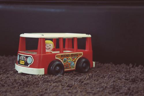88:365,mini bus