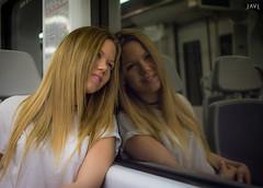 Saskia vs Saskia (JaviJ.com) Tags: portrait girl beauty reflection train fashion woman model hair makeup blonde retrato modelo chica mujer tren rubia mirrow reflejo espejo