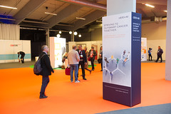 advertisment_announcers 007 (European Society for Medical Oncology) Tags: esmo esmo16 day3 advertising billboards