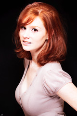 Margaux, femme rousse (Nicolas-Simard) Tags: portrait face lady ginger femme redhead freckles rousse flickrunitedaward
