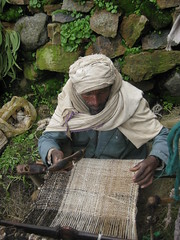 Weaving a woollen zietett blanket in Guassa (Solimar International) Tags: community conservation area guassa menzguassaethiopia
