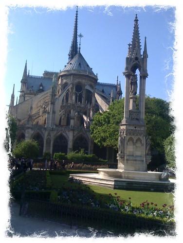 <span>parigi</span>Ile de la Cité<br><br>Notre Dame<p class='tag'>tag:<br/>luoghi | parigi | viaggio | </p>