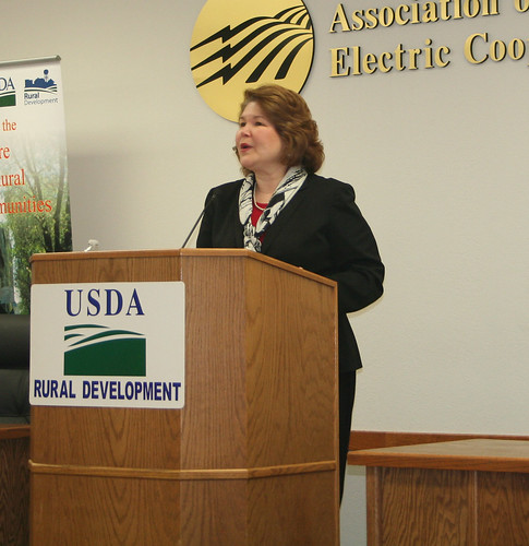 Administrator Canales explains the provisions of USDA's Rural Energy for America Program during an appearance in Missouri