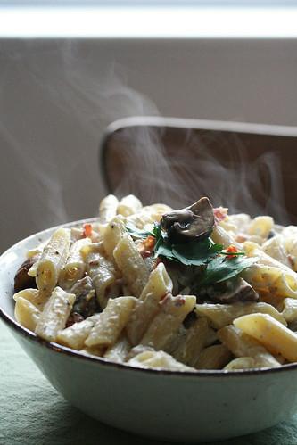 Mushroom Carbonara Pasta