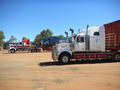 Kumarina Roadhouse (dieseljocky) Tags: truck transport australia bishops grange services constellation roadtrain sovereign westernstar