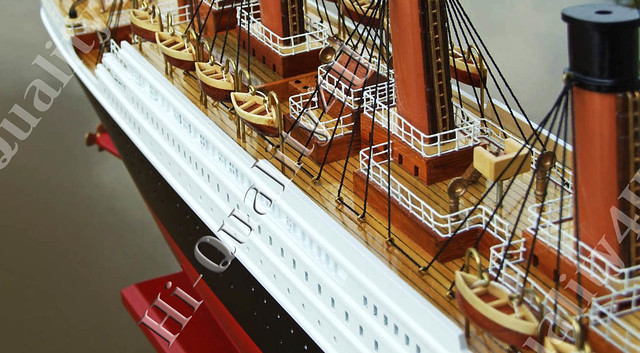 Titanic 5 by Handicrafted Models