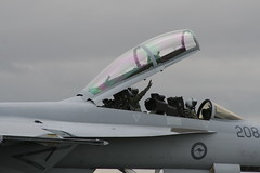IMG_1932 (Kanishka Lankatillake) Tags: canon eos australian airshow international avalon kanishka 2011 400d lankatillake