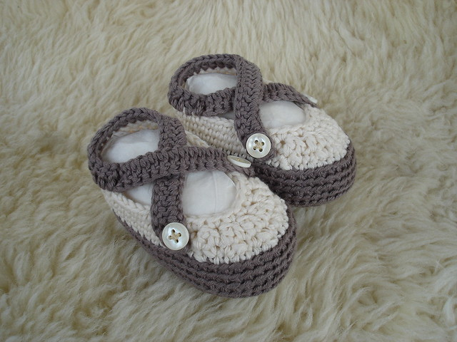 Baby sandals in organic cotton