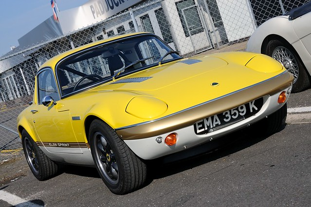 Photo Of The Week 106 Lotus Elan Elite And Europa Of The 60s 70s