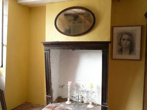Fireplace wall, yellow