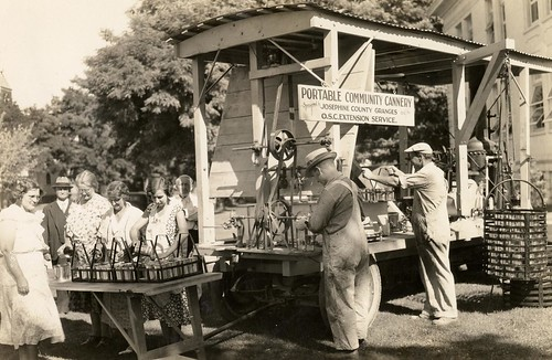 Portable Community Cannery, circa 1915