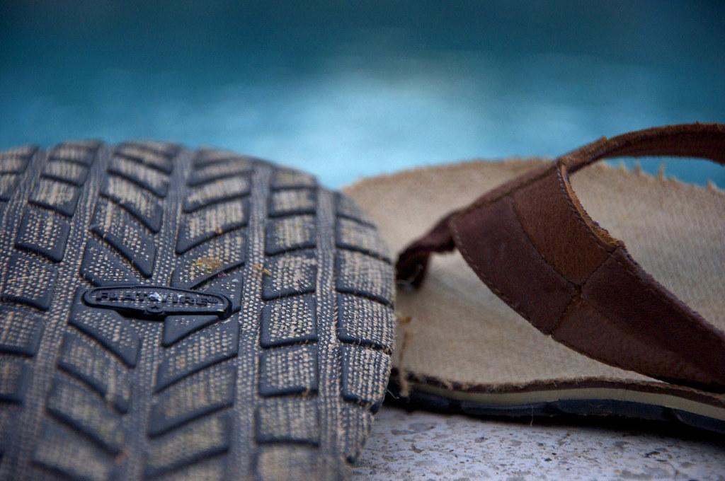 HCS: flip flops...