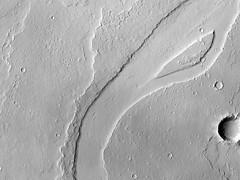 ESP_045368_2040 (UAHiRISE) Tags: mars nasa jpl mro universityofarizona landscape science geology