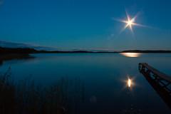 IMG_1593-1 (Andre56154) Tags: schweden sweden sverige himmel sky nacht night mond moon steg pier bridge wasser water schren ufer kste coast archipelago spiegelung reflexion reflection schilf reed