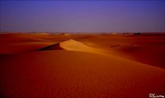 DAKHLA (RLuna) Tags: travel viaje sunset naturaleza sol nature canon atardecer photography holidays flickr muslim spotlight arena oasis desierto puestadesol egipto duna ramadan turismo vacaciones cultura anochecer dakhla medioambiente ecologia musulman rluna1982 rluna instagram