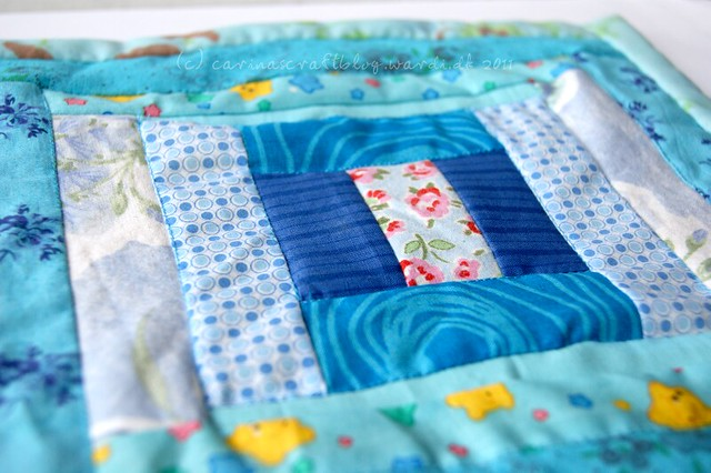Blue mini quilt for Japan