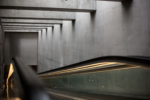 rulltrappa IV