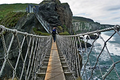 Carrick-a-rede Rope Bridge - North Ireland (Marioleona) Tags: ireland irlanda carrickarade mariobrindisi