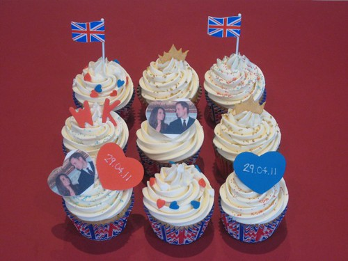 5602991534 a8fe3c6ca2 Royal Wedding, British Cupcakes for Prince William and Kate Middleton   Or the Queens Jubilee!