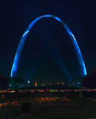 full arch (davedehetre) Tags: flowers sky panorama reflection night river landscape spring shiny downtown arch stitch stlouis landmark panoramic spotlight beam missouri rays hdr stlouisarch hugin photomatix Astrometrydotnet:status=failed Astrometrydotnet:id=alpha20110457331289