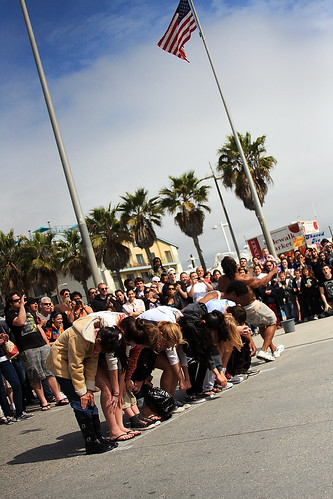 Venice Beach and its street performers by PC - My Shots@Photography