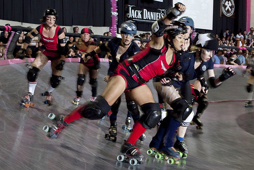 20110416_jessreynolds_fightcrew_sirens-163