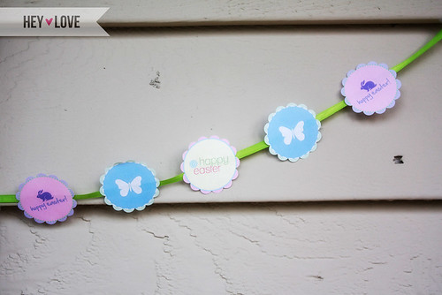 These Easter party circles have so many uses! Add them to lollipop sticks to make cupcake flags. Punch a hole in them to make them favor tags. Print them on sticker paper to make them labels! Download and print your Easter party flags from Hey Love Designs! http://www.heylovedesigns.com/2011/04/19/free-printable-easter-party-circles/