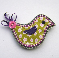 bird brooch (buttercup boutique) Tags: bird handmade brooch felt textile applique