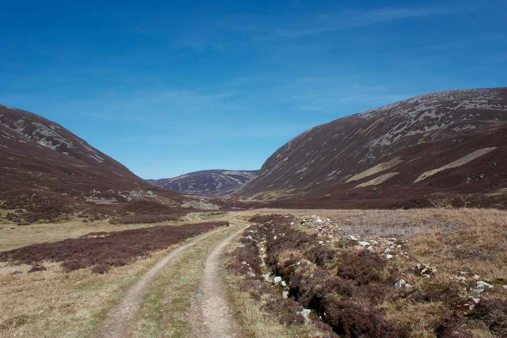 Glen Ey beyond Altanour