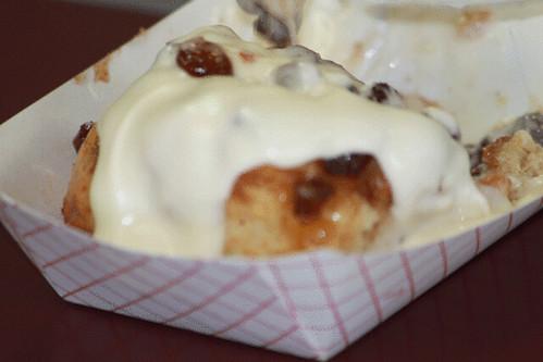 RPN_0118-cinnamon-rolls-freshly-baked