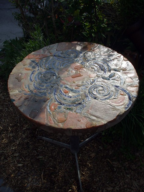 Relic garden table, texture view