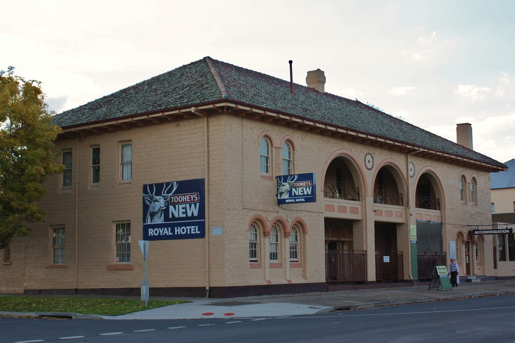 Royal Hotel, Blayney, NSW.