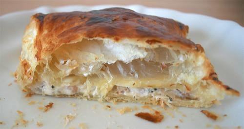 24 - Blätterteigtasche / Pastry puff - Aufgeschnitten