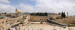Jerusalem, Western Wall panorama (blauepics) Tags: panorama wall architecture israel palestine faith jerusalem religion east holy sacred architektur historical middle fortification osten palstina mauer heilig wester historisch glaube klagemauer befestigung mittlerer