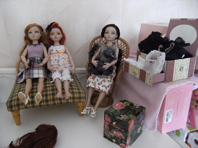 """06 - THEME PHOTO DU MOIS: Mai 2011 """"Ellowyne dans sa Maison"""" - Page 2 5680058300_05b1a25e6c_z"""