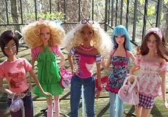 fashion toy toys doll dolls barbie raquel teresa rement boho tasha basics fever integrity candi rupaul electropop annasui topmodel mymelody glamazon coolit monsieurz dynamitegirls rufusblue celebratedisco