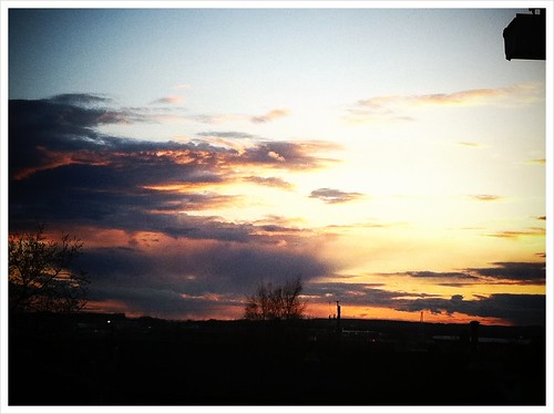 Beautiful sky this evening in #yxj.