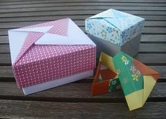 Tomoko Fuse boxes (Retsnimel) Tags: origami box modular boxes kami washi modularorigami chiyogami tomokofuse